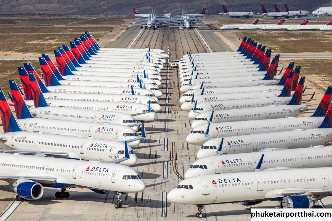 Tempat Pesawat Diparkir di Bandara Internasional Phuket Thailand